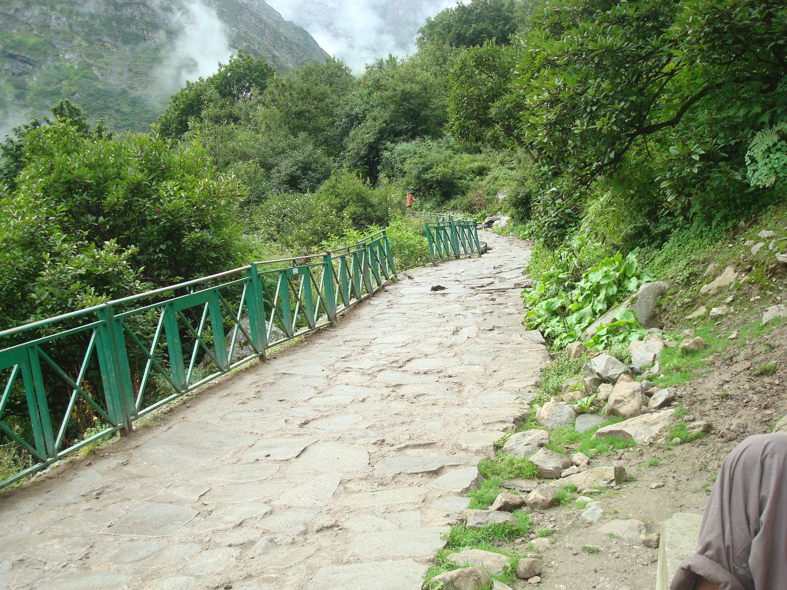 Kheer Ganga Trek